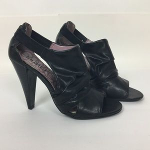 Unlisted High Front Heels w/ Open Toe Size 8 Black